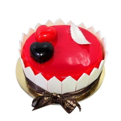 Reddish Strawberry Cake